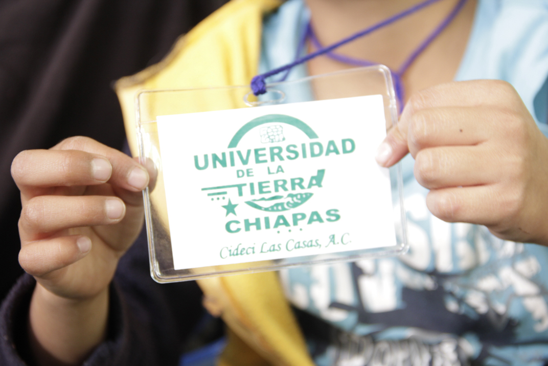 Hoy 28 de noviembre de 2013, sigue la transmisión en vivo de la presentación del libro «Haciendo otros mundos» del autor Jérome Baschet, desde el CIDECI-Unitierra Chiapas. A partir de […]